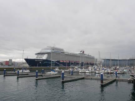 #MeinSchiff2 #LaCoruna #2019 #Hafen